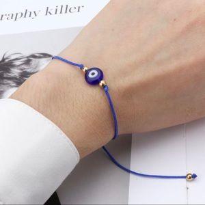 3/$30 💙 Evil Eye String Bracelet